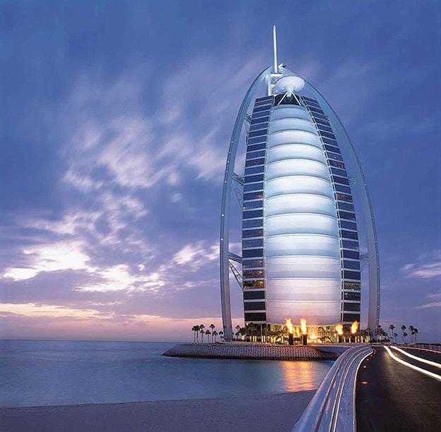 ===El Super-Lujo=== Burj_al_arab_pics_5
