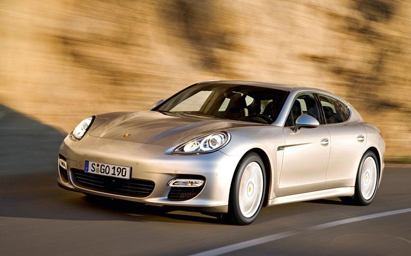 Porsche Panamera 01