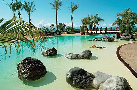 Hotel abama hotel y villas cinco estrellas gran lujo for Imagenes de piscinas bonitas