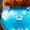 Gran Hotel Bahía del Duque Resort. Vista nocturna del circuito de talasoterapia