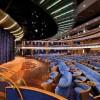 Seven Seas Voyager. Teatro