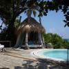 North Island Seychelles. Sala y jacuzzi. Fotografía por Simon Upton