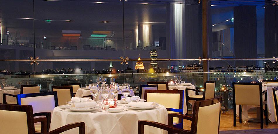 Restaurante maison blanche cena sobre los tejados de l - La maison coloniale paris ...