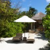 Six Senses Laamu Maldivas. Exterior Beach Villa