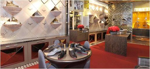 Christian Louboutin abre tienda masculina en París