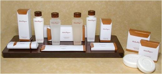 Kits de aseo Salvatore Ferragamo, sólo en los Waldorf Astoria