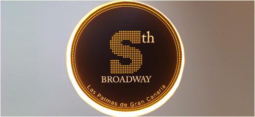 La Séptima con Broadway